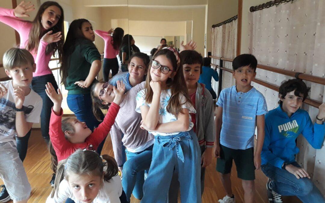 Taller de teatro infantil «La Recova»-Blancanieves, lo que parece no es